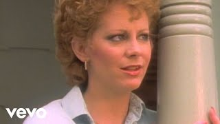 Watch Reba McEntire What Am I Gonna Do About You video