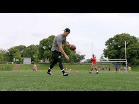 Justin Tucker Kicks With Ravens Fans