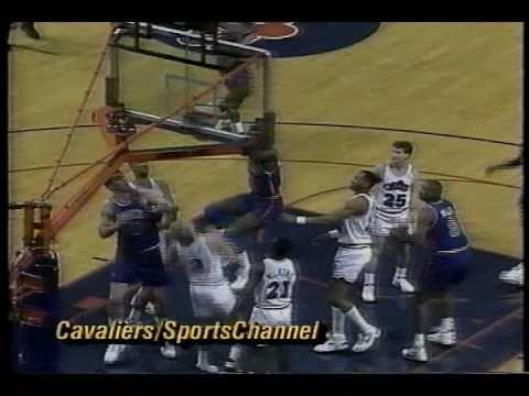 Orlando Woolridge Highlight Plays vs. Cavs (1993)