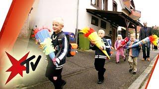 Erster Schultag: Beutelspacher-Fünflinge werden eingeschult | 2005 | stern TV