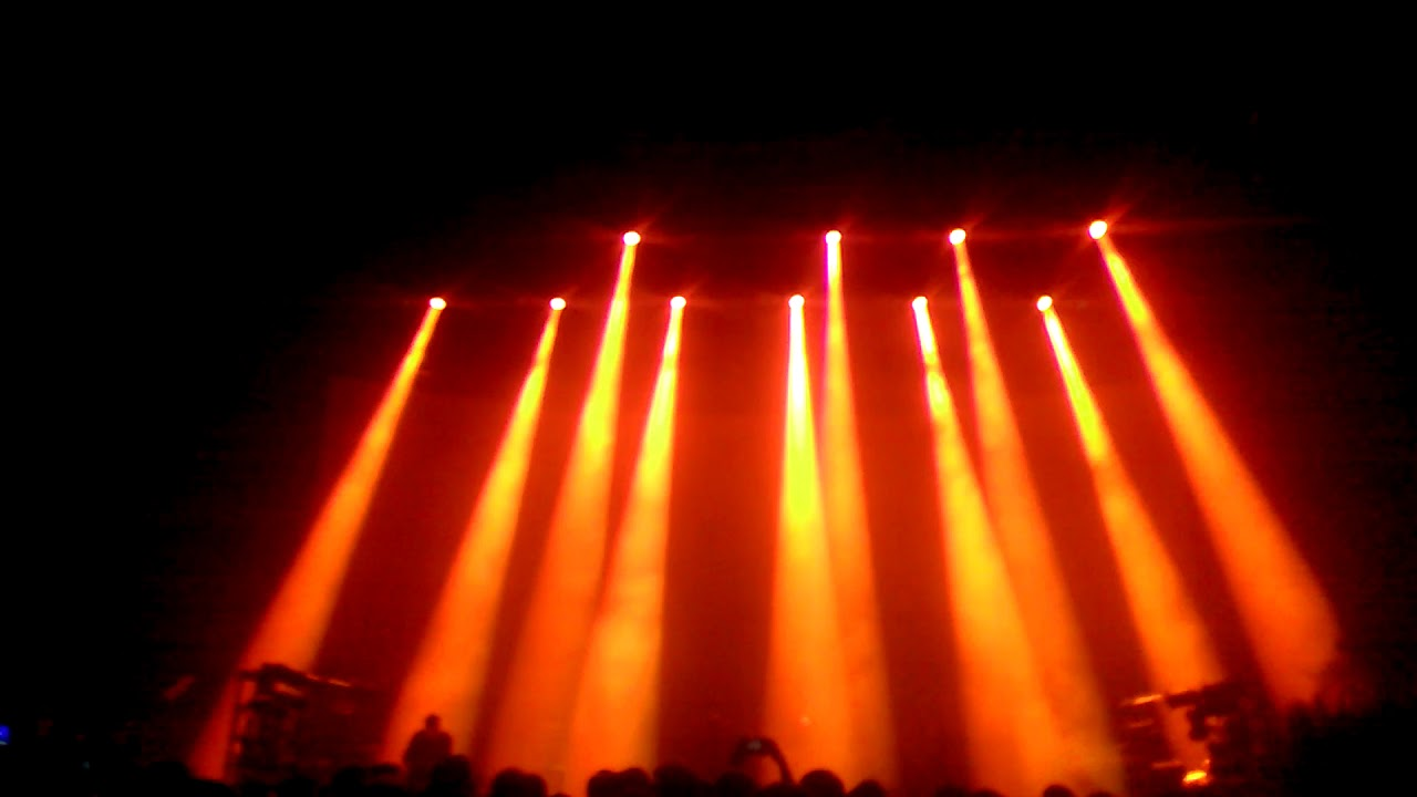 Nine Inch Nails - The Great Destroyer (Trump breakdown) Royal Albert ...