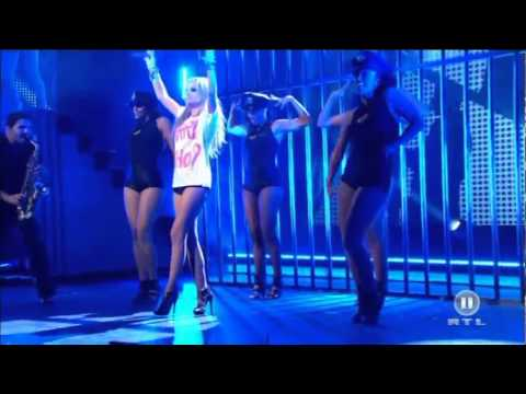 Alexandra Stan   Mr  Saxobeat Live @ The Dome 59   03 09 2011 HD   Copie