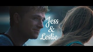 Jess/Leslie- Right in front me