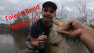Early Spring Bass Fishing on Toledo Bend Time for that Spawn Eli lands a couple BIGS at the end