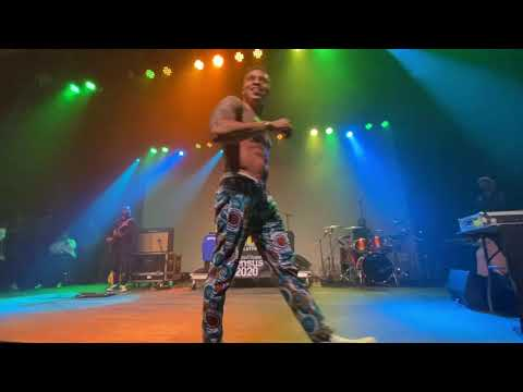 "Rotimi | ""In My Bed"" Full Performance"