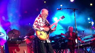 Yes - Yours Is No Disgrace (live)