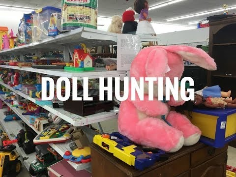 Thrift Shop Pullip Toy Doll Hunting