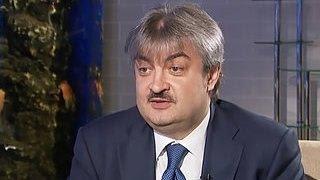 Руденко: несколько окон на почте превратятся в банк(Первые отделения