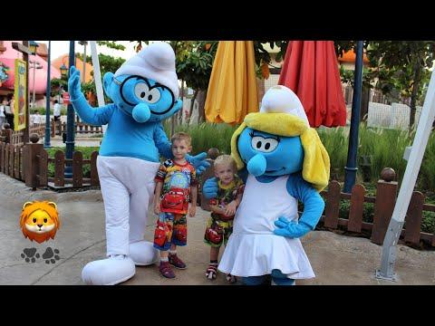 Motiongate Моушнгейт Дубай Парк развлечений Деревня смурфиков Семейный отдых Герои мультфильмов
