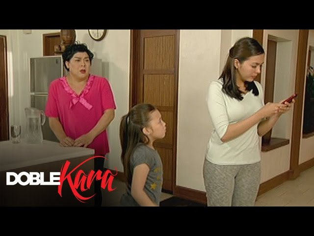 Doble Kara: Kara stops Becca from talking to Sara
