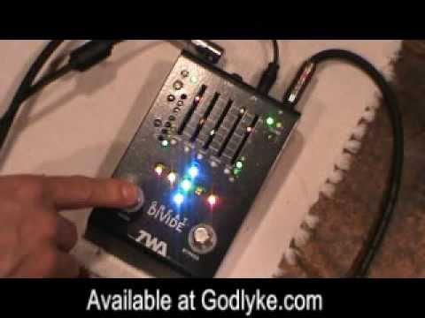 Octaver - Guitar & Bass Octave Pedal - TWA Great Divide Octave Divider