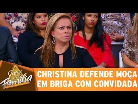 Casos de Família (18/05/17) - Christina defende moça em briga com convidada