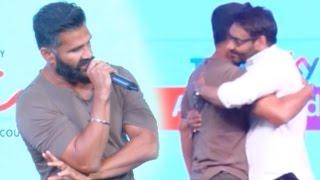 Suniel Shetty& 39 s HEARTFELT Speech On His Friendship With Ajay Devgn