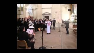 Азан ислама внутри церкви Рима. Италия
