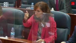 La líder regional de Más Madrid simula