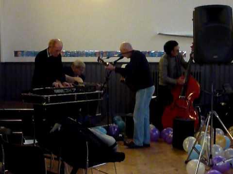 Quarrymen rehearsing.MOV