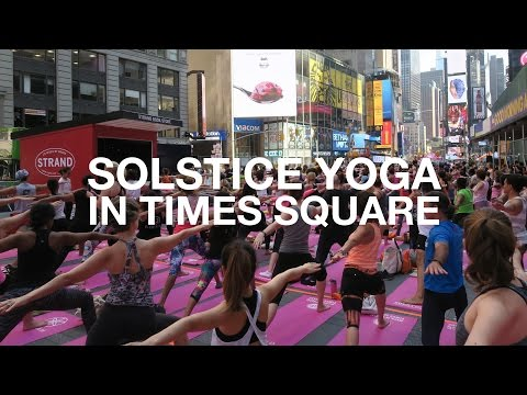 Yoga in Times Square   New York City