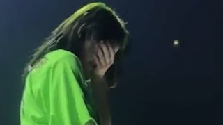 Billie Eilish Prague - Crying when she tell fans to be in the moment | 20 August, 2019