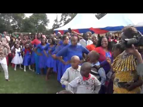 Two Comical leading Oskido's Candy dance-Wedding