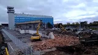 Старый терминал аэропорта Хабаровска пошёл под снос