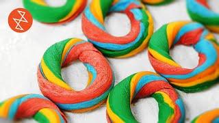 Making Rainbow Bagels | Où se trouve: Dizz's Bagel & Deli