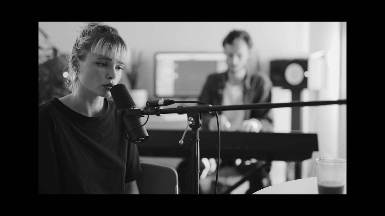 Winona Oak - People Help The People (Birdy + Cherry Ghost Cover)