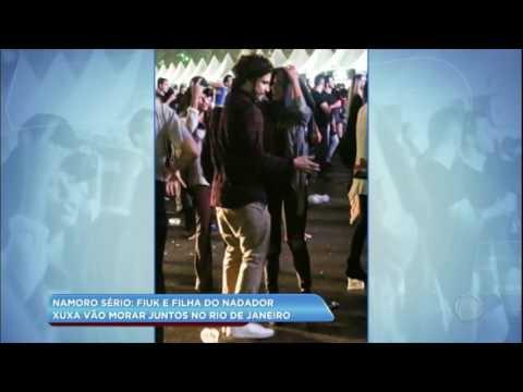 Hora da Venenosa: Fiuk vai morar junto com filha do nadador Xuxa