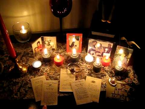 Wiccan Altar For Samhain