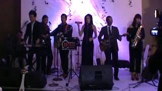 lagu barat romantis untuk wedding, kiss me & still the one by akustik indonesia terbaik
