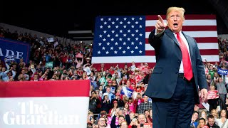 US midterms: Trump makes baseless claims about 'caravans and crime'