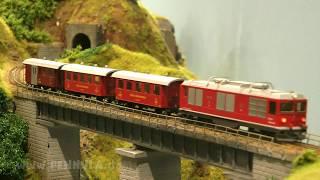 Führerstandsmitfahrt auf der Dampfbahn Furka Bergstrecke im Bahnsteig Holtmann in Spur H0m