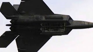 Spectacular F-22 RAPTOR DEMO TEAM in action! Listen to those AMAZING TURBOFAN ENGINES!