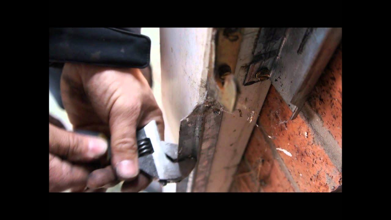 Garage door repair stockport cheshire promo vid snapped cables garage door repair stockport cheshire promo vid snapped cables gedoors rubansaba