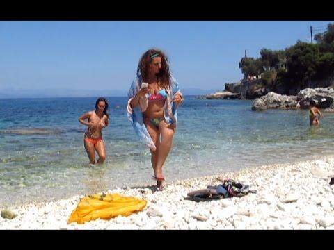 Greek edition Naked NewsKaynak: YouTube · Süre: 1 dakika58 saniye