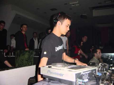 Radio Italia Network Elenoire -  Satoshi Tomiie -  2002