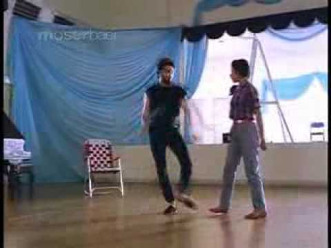 Dance Master (Punnagai Mannan) Theme  - Ilayaraja.flv