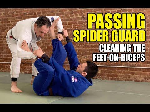 Passing Spider Guard - Clearing Feet on Biceps (BJJ / Jiu Jitsu)