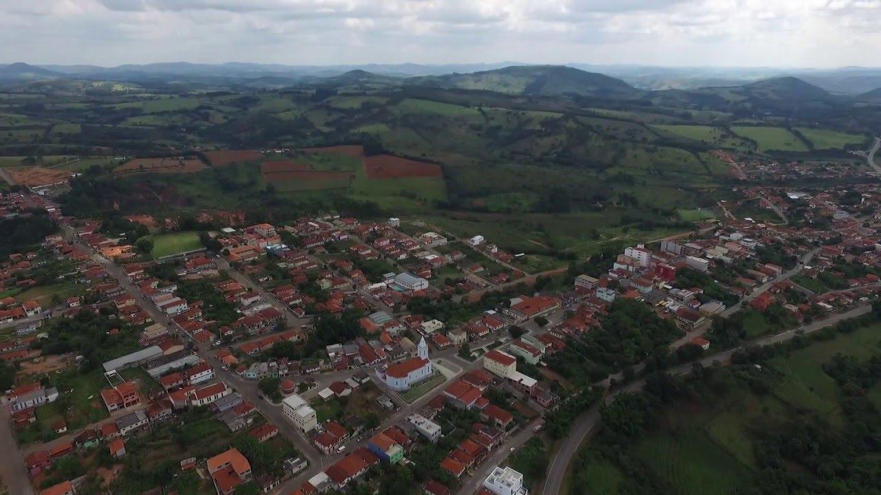 Desterro de Entre Rios Minas Gerais fonte: i.ytimg.com
