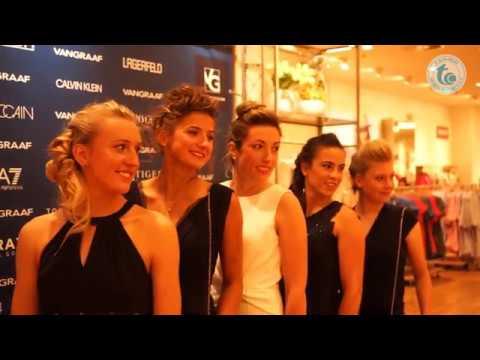 Download Blasewitzer Tennis-Ladies im Abendkleid