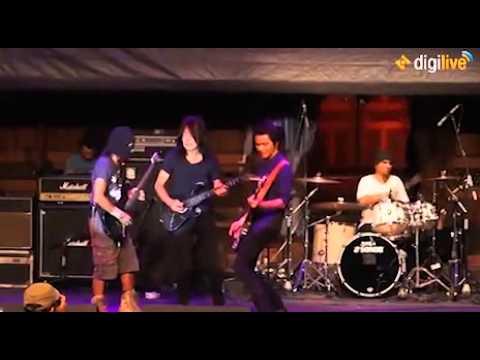 Ian Antono & Toto Tewel - Kepada Perang (Dari Gitaris Untuk Indonesia)