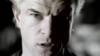 "Die Toten Hosen // ""Pushed Again"