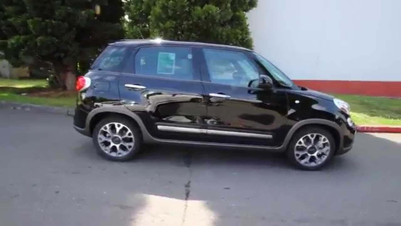2014 Fiat 500L Trekking  Nero Noctis Black  EZ018827  Redmond