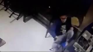 Kids Jaman Now Mes*m Di Warnet Terekam CCTV