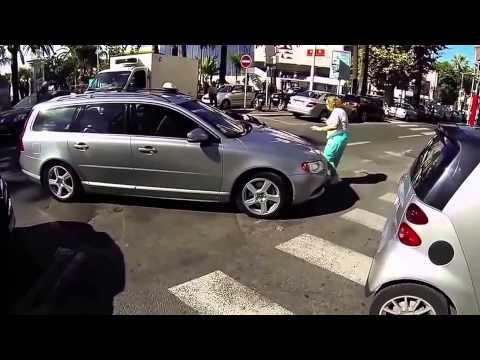 La fille qui a fait pleurer même qui ont des coeurs en acier (STFR)de YouTube · Durée:  5 minutes 49 secondes