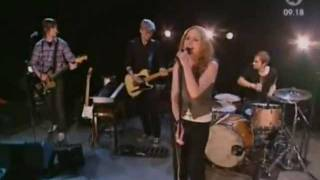 The Cardigans - I Need Some Fine Wine And You, You Need To Be Nicer (Live Nyhetsmorgon 2005)