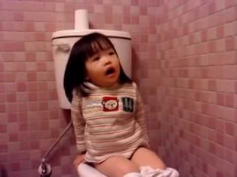 可愛妹妹 看花博 在廁所裡唱歌耍寶