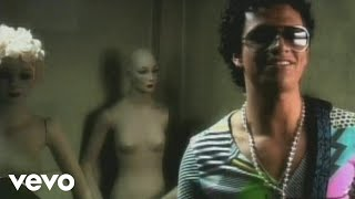 Iskander - Bésame Bonito (Video Oficial)