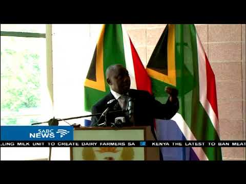 Ramaphosa calls on Inter'l relations dept to attract investors and trade