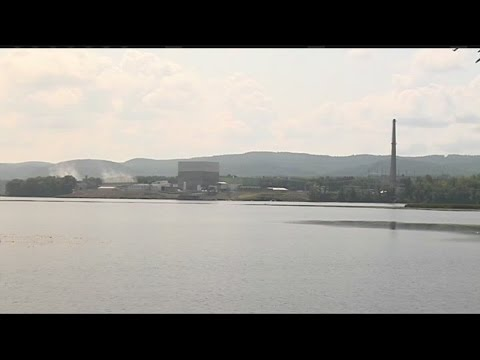 Vermont Yankee closure negatively impacting the local economy