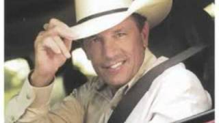 Watch George Strait King Of The Mountain video